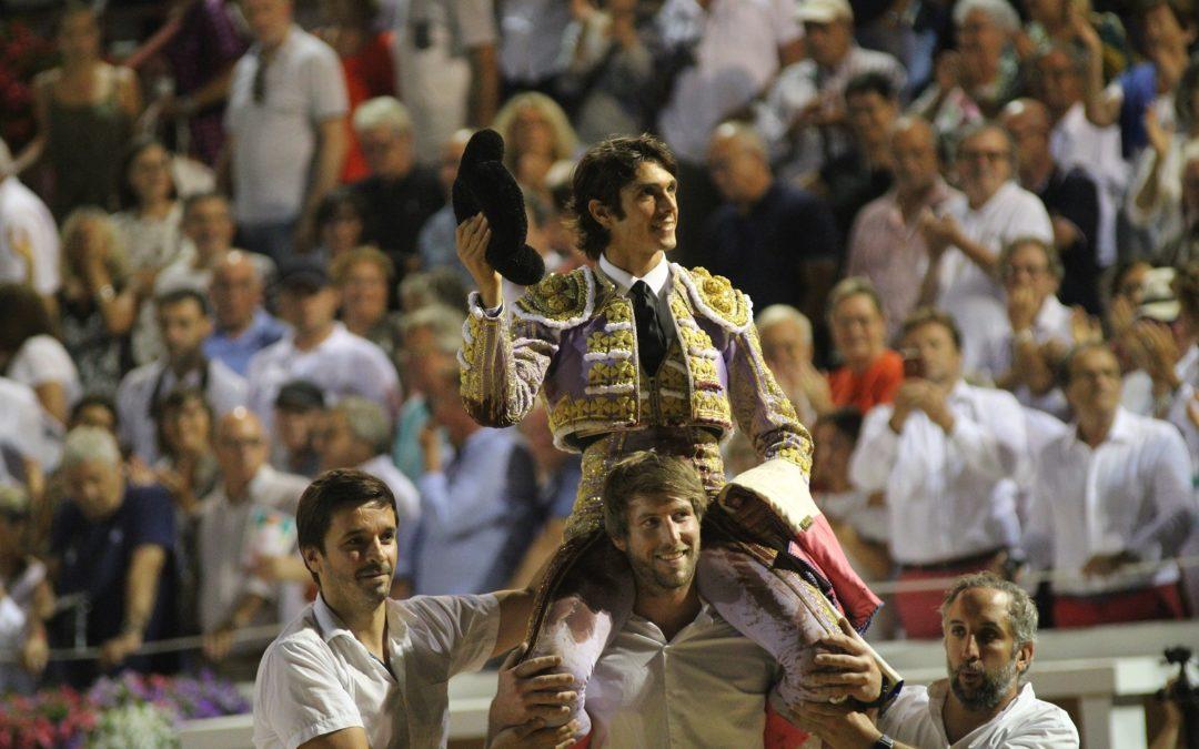 Bayonne (30.08.2019). Sebastien Castella sort par la Grande Porte, trois oreilles en poche.