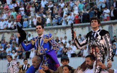 ARLES (11.09.2021) – Quel plaisir cette Corrida Goyesque ! ALEJANDRO TALAVANTE et ANDRES ROCA REY sortent par la Grande Porte !